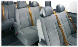 Система ремней безопасности в пассажирском отделении